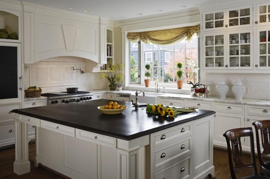 Classic Kitchen Design With Beautiful White Cabinetry