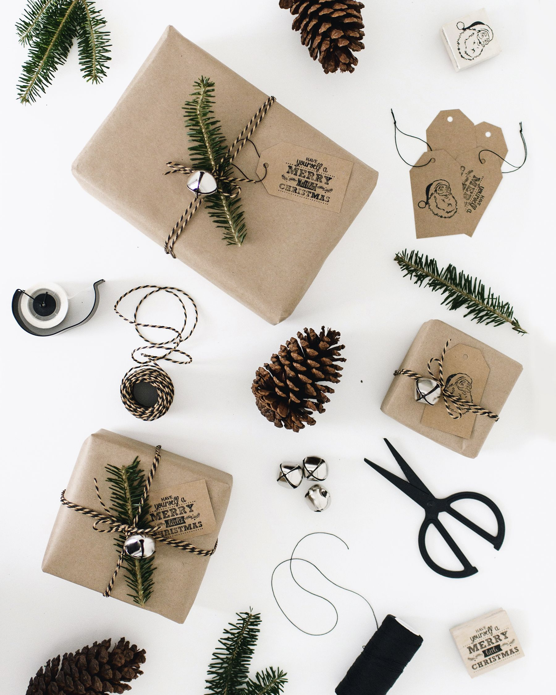 Simple natural DIY gift wrapping inspiration