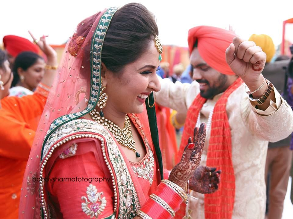 Book The Best Wedding Photography Services In Ludhiana Bobby Sharma Is A Leading Professional