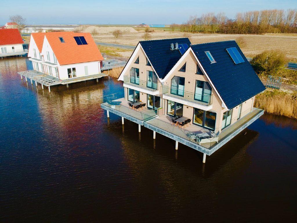 Wohnen auf dem Wasser mit unvergleichlicher Aussicht