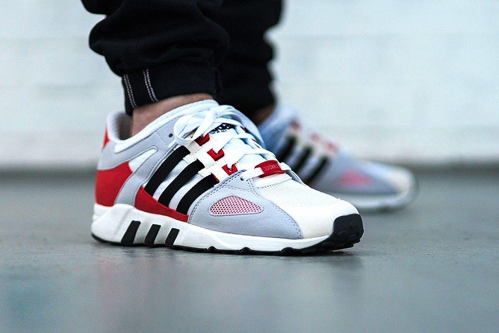 Adidas Equipment Running Guidance 93 Weiss Schwarz Rot Mit Bildern Adidas Turnschuhe