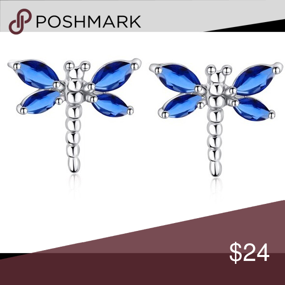 Dragonfly Shaped Crystal Stud Earrings Material:copper crystal Weight:3.13g Color: blue Metal type: silver plated Package Included:1 pair earrings Feature:allergy free Jewelry Earrings