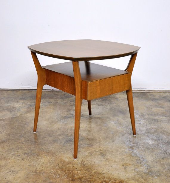 Gio Ponti Singer and Sons Walnut Side Table Mid Century Italian