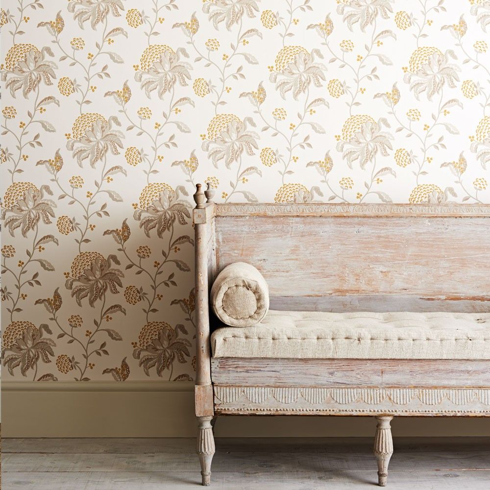 GP & J Baker fabrics and wallpapers. Wall wallpaper