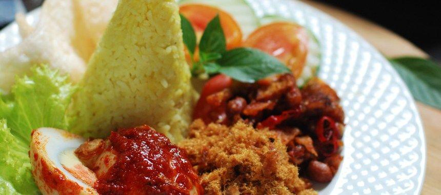 Nasi Kuning Komplit Asli Khas Banjar Resep Resepkoki Resep Resep Nasi Makanan