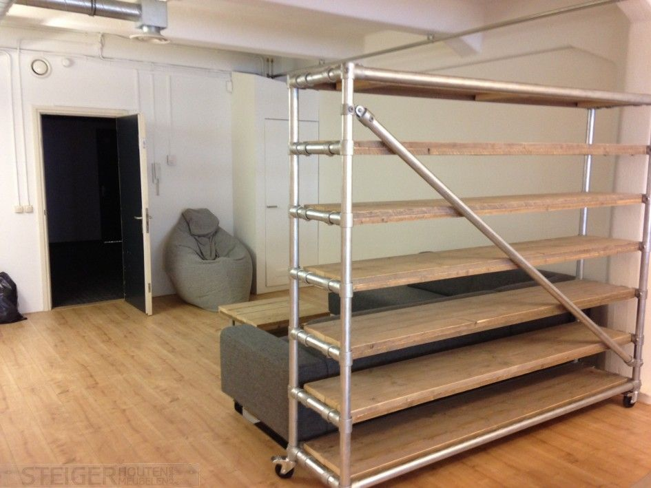 86 steigerhout en steigerbuis meubels eigentijdse meubelen bank van marksteigerbuis mark en - Eigentijdse designkast ...