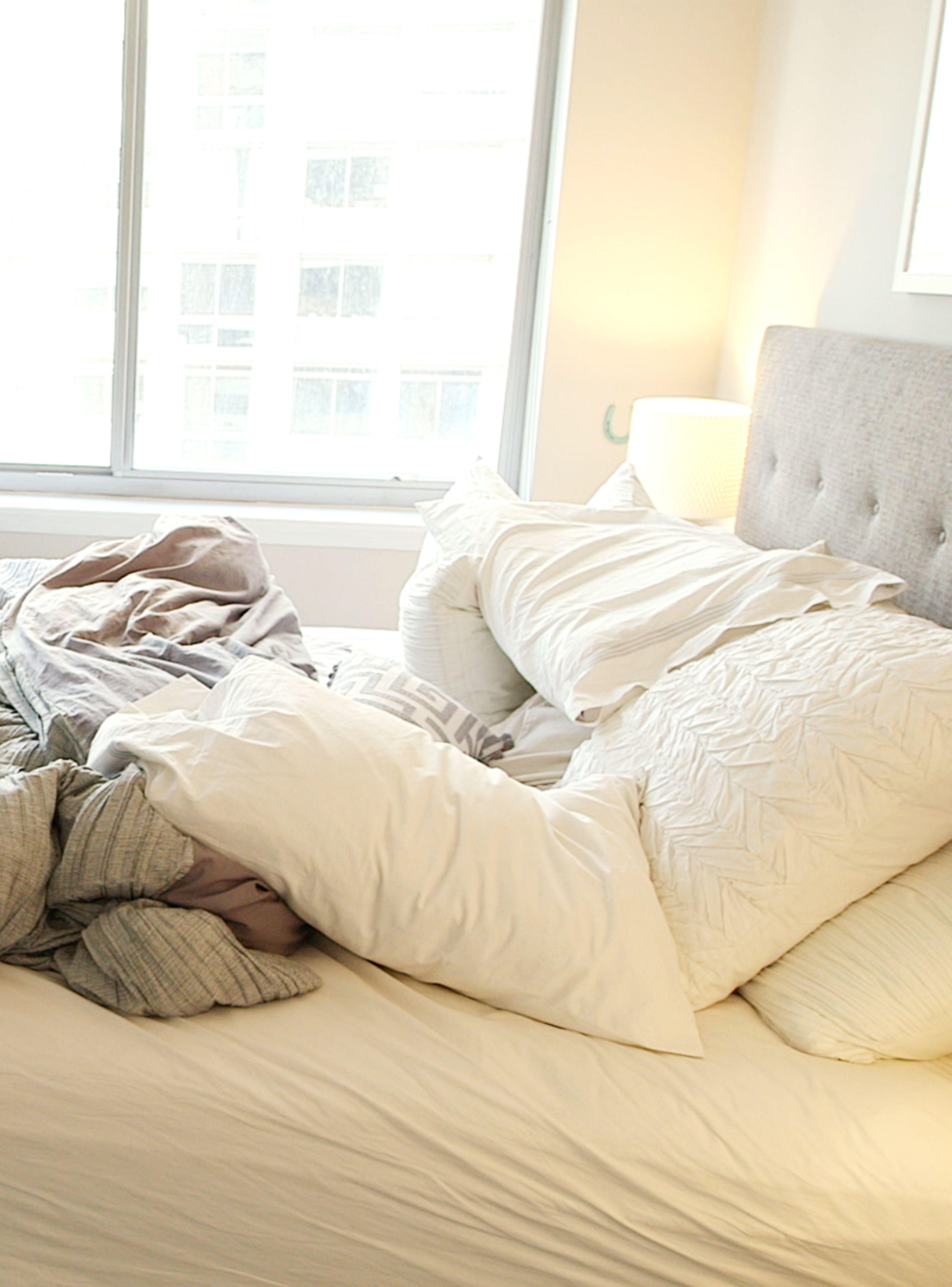 How I pletely Redesigned My Bedroom In e Day