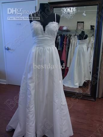 Custom Made Taffeta Coco Lace A-Line Wedding Dress Spaghetti Straps Applique Chapel Train 18680, $114.77 | DHgate.com