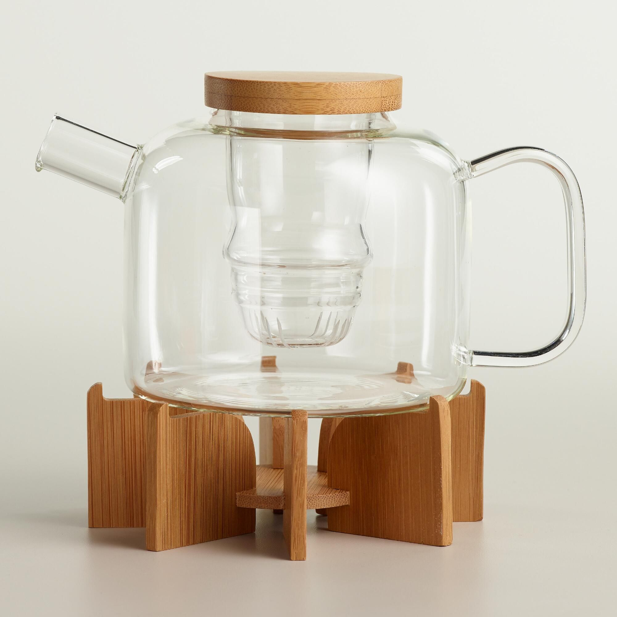 Our chic, modern teapot features a removable glass infuser