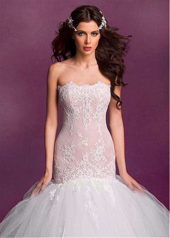 Glamorous Lace & Tulle Strapless Neckline Mermaid Wedding Dresses