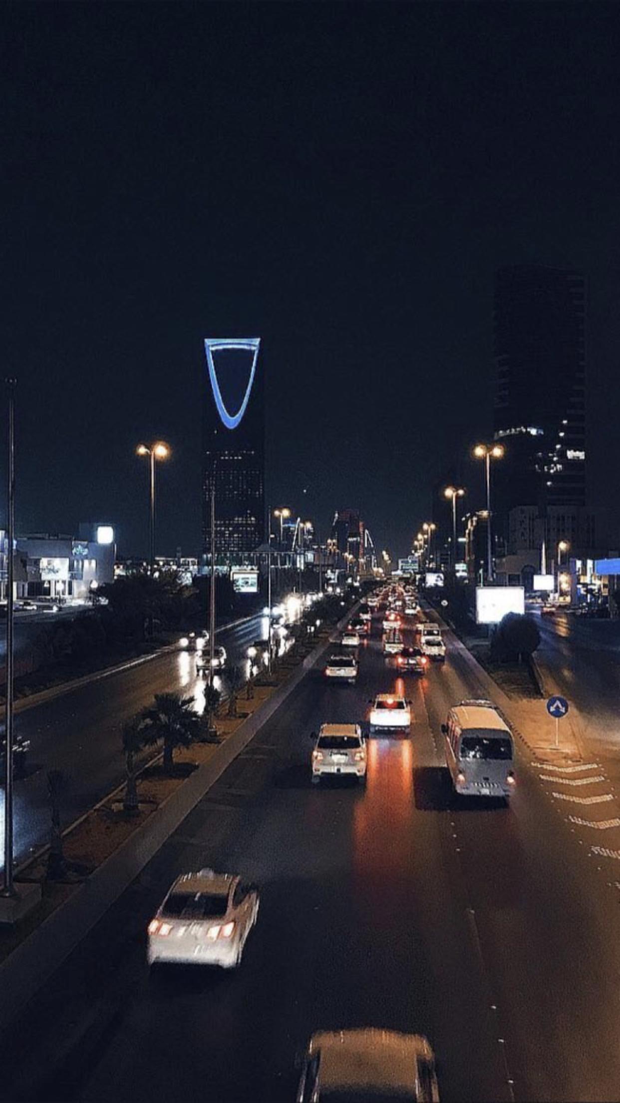 Pin By Ra2 On مختارات موضي البليهد National Day Saudi City Wallpaper Mirror Photography