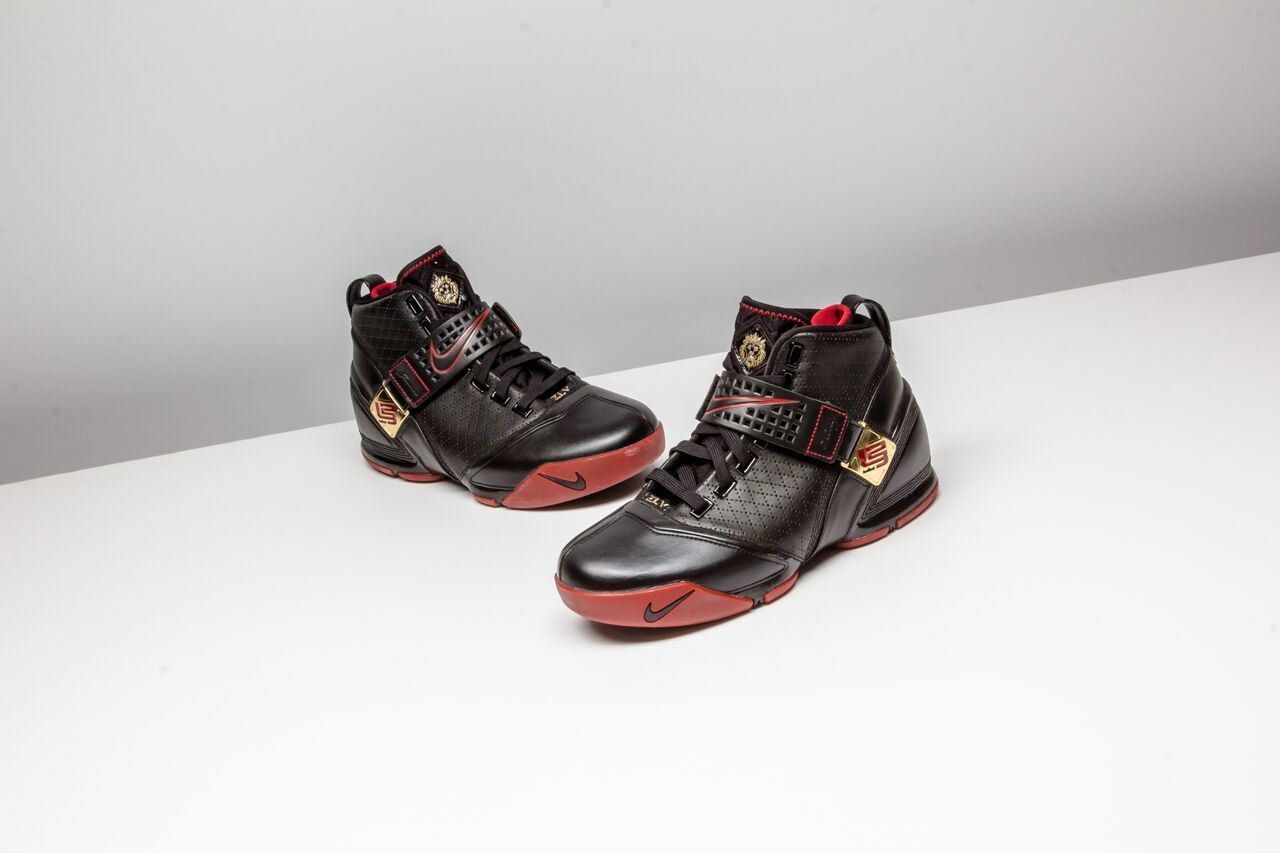 b856f956b102 Nike Zoom Lebron 5 Which lebron would you like to see retro   nike  lebron5