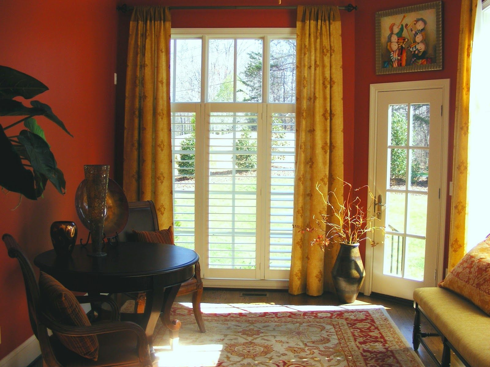 Interior chic window treatment ideas with charming floral curtain