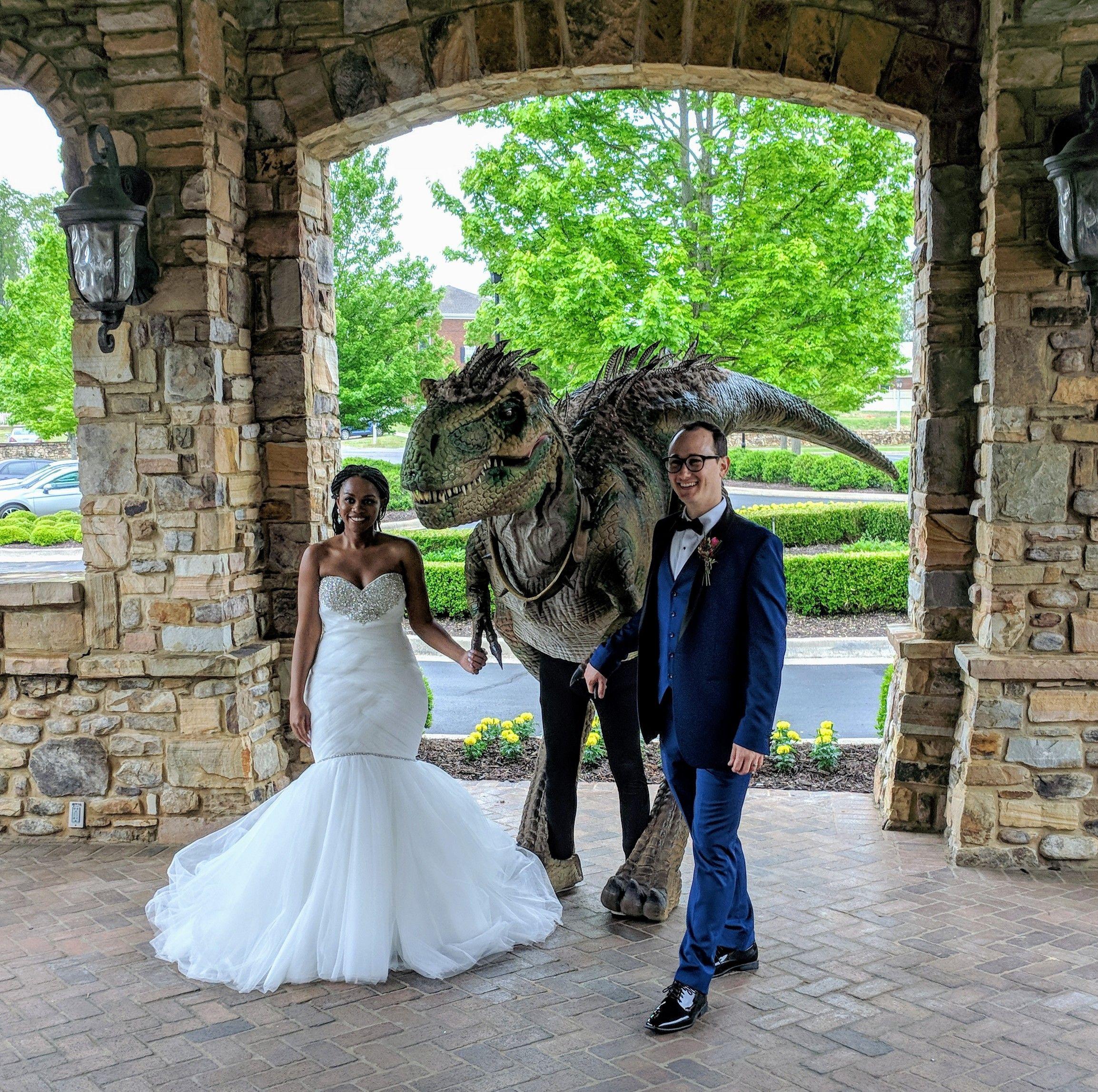 Ledges Jurrasic Park Dinosaur Theme Wedding Helping Hand Parties Weddings Dinosaur Wedding Theme Dinosaur Wedding Yosemite Wedding