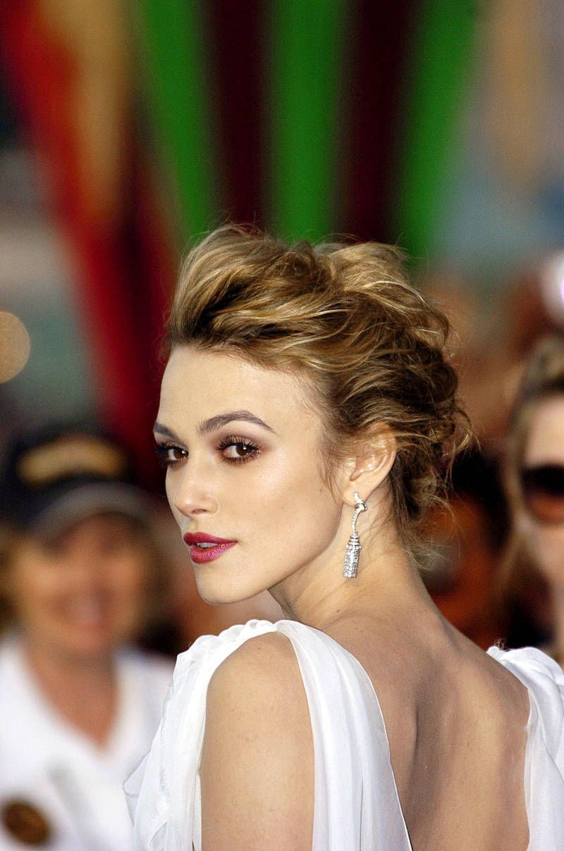 updos for thin hair that score maximum style point loose curly