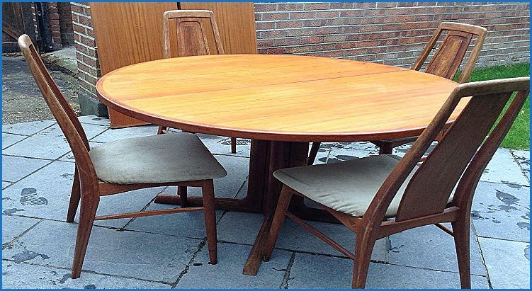 Pleasing Elegant 1970S Dining Table And Chairs Dining Chair Design Cjindustries Chair Design For Home Cjindustriesco
