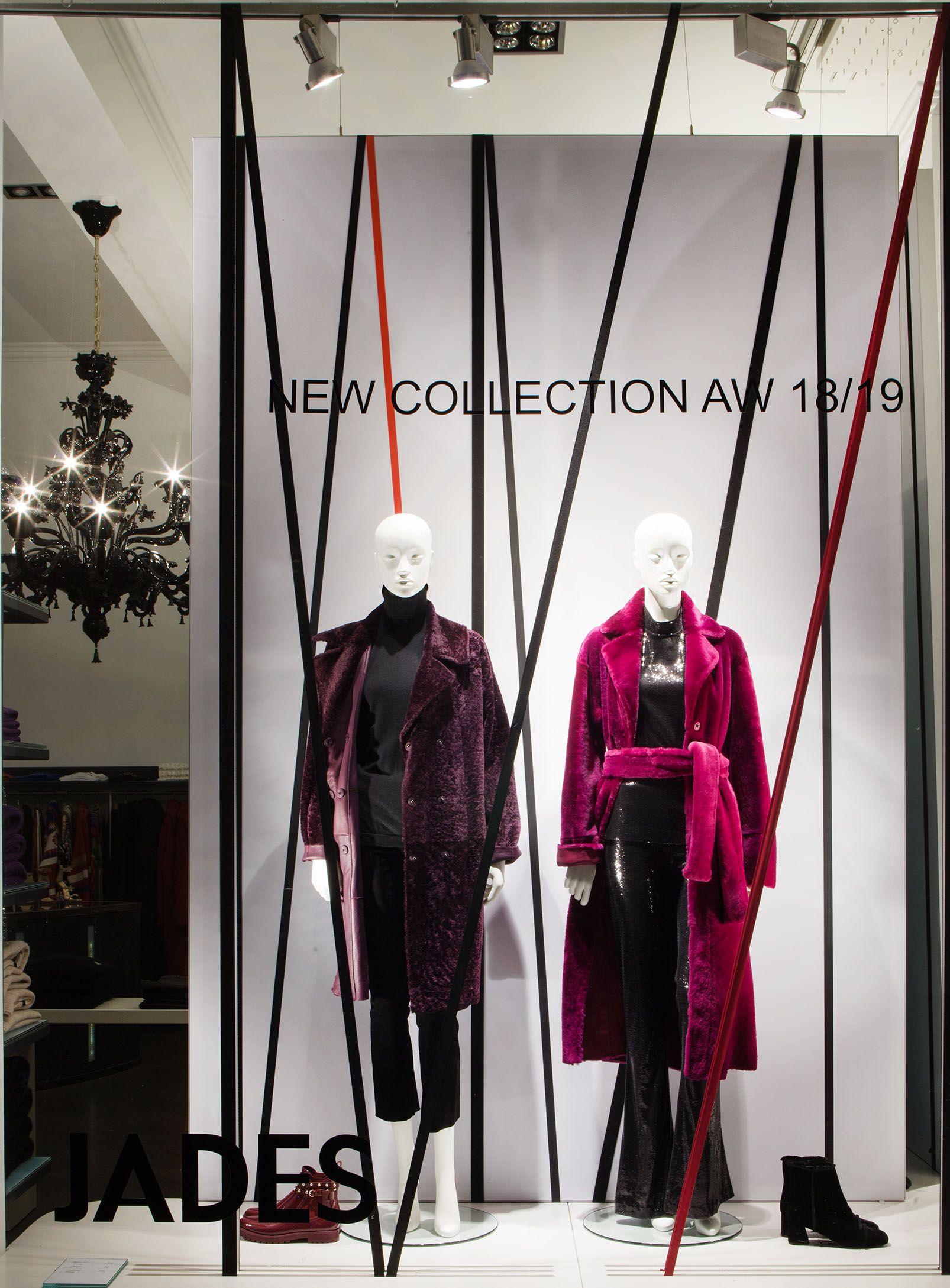 Fashion Stars Stripes Aw18 19 Windows At Jades In Duesseldorf Credits Store Jades Duesseldorf Www Jades24 Com C Fashion Fall Shopping Star Fashion
