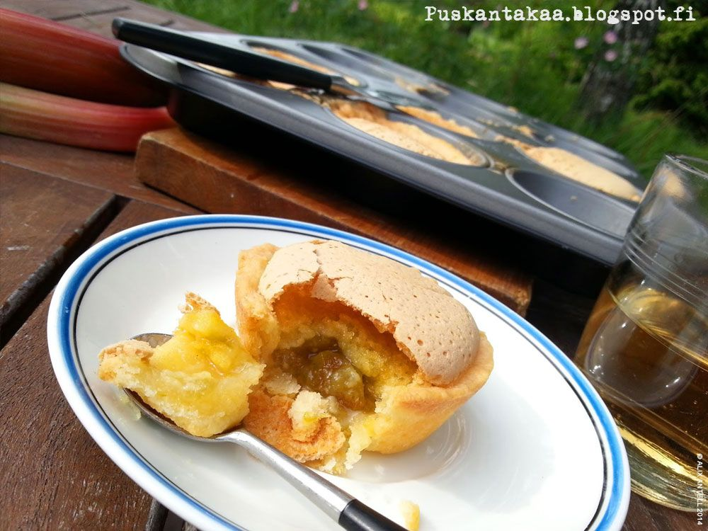 Väännä helpot herkkutortut • Easy rhubarb tarts