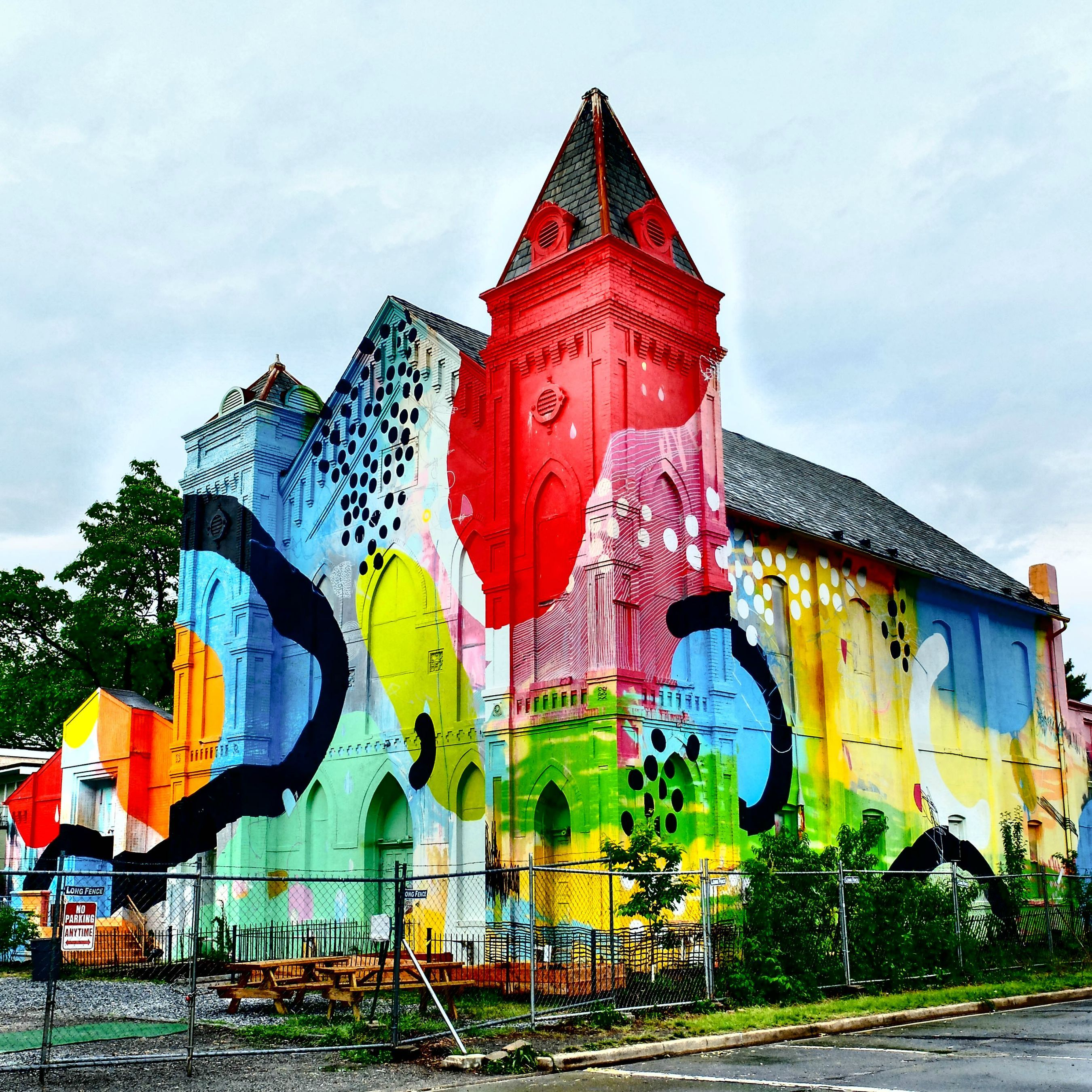 Art Places In Washington Dc: Abandoned Church In SW Washington DC, Painted Over By