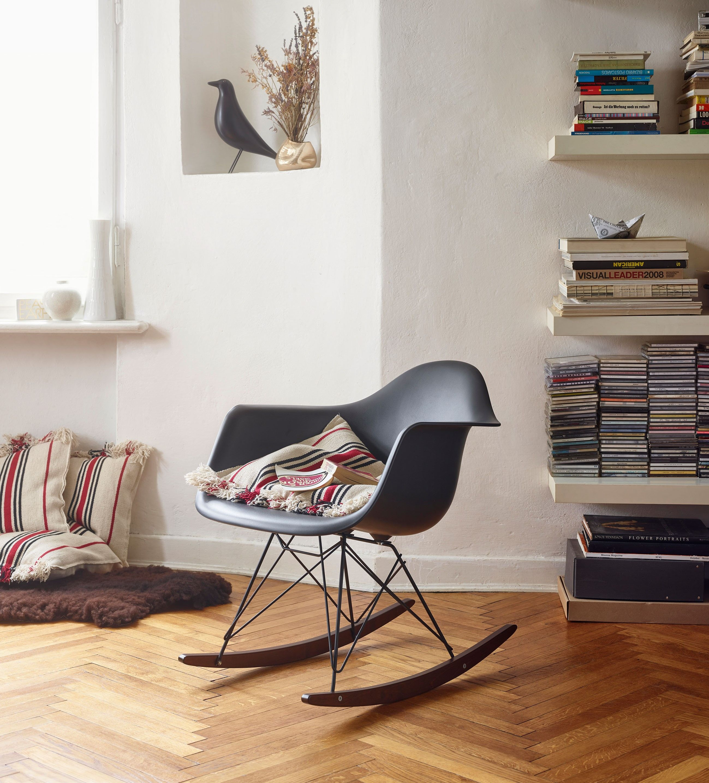 Eames Plastic Armchair RAR von Vitra Vitra schaukelstuhl