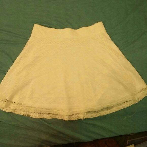 Cute White Skater Skirt White skirt with cute zig zag designs LA Hearts Skirts Circle & Skater