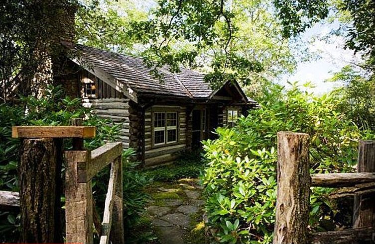 844 Webbmont Rd Highlands Nc 28741 Zillow House Envy