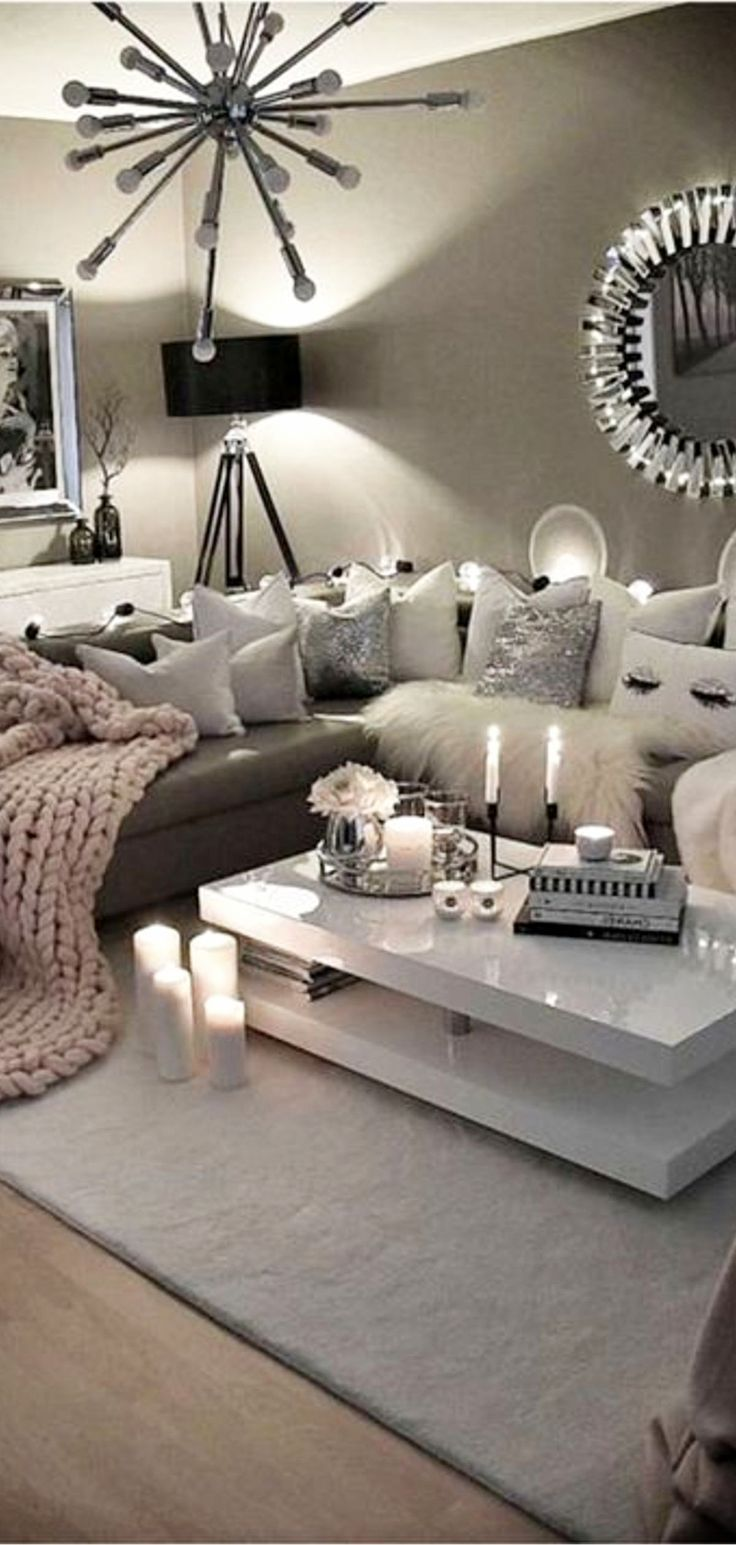 Cozy Neutral Living Room Ideas - Earthy Gray Living Rooms To Copy #graybedroomwithpopofcolor
