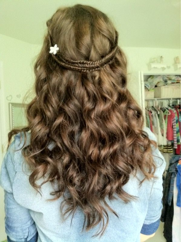 1 Curl Your Hair 2 Fishtail Two Braid On Each Side Of Your Head 3 Pull The Braids Back And Bobby Pin Them Back To Keep T Hair Beauty How To Curl Your Hair