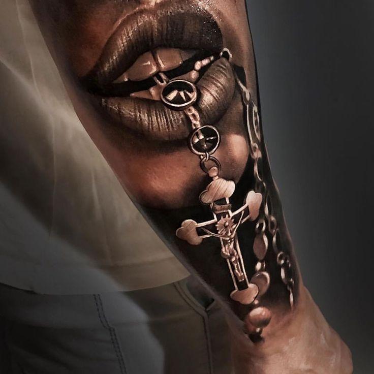 Bild könnte enthalten: eine oder mehrere Personen #tattoo - tatoo feminina