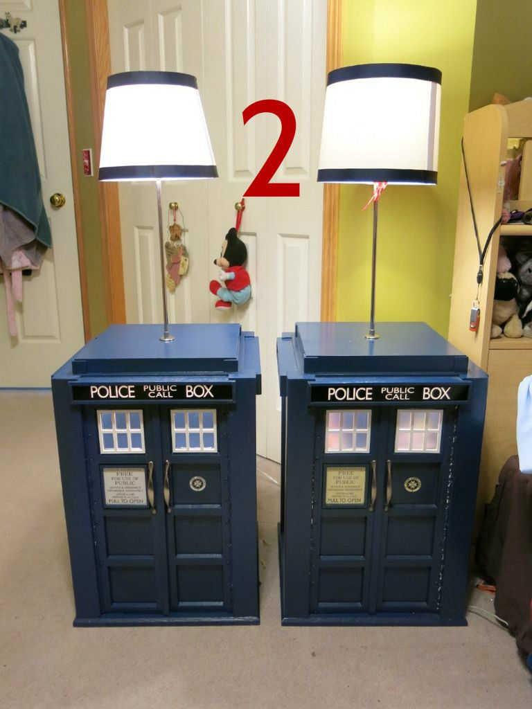 Light Up Tardis Bedside Table With Built In Lamp Doctor Who Tardis Night Stand Diy