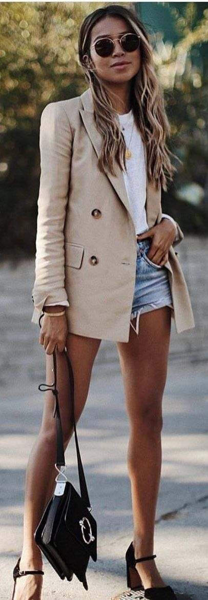 6b8250855469 15+ Glamorous Summer Outfits To Copy ASAP