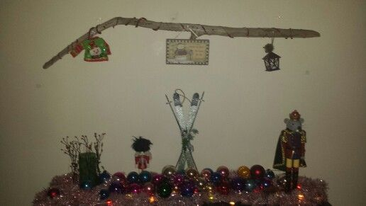 Ornament garland & drift wood hanger