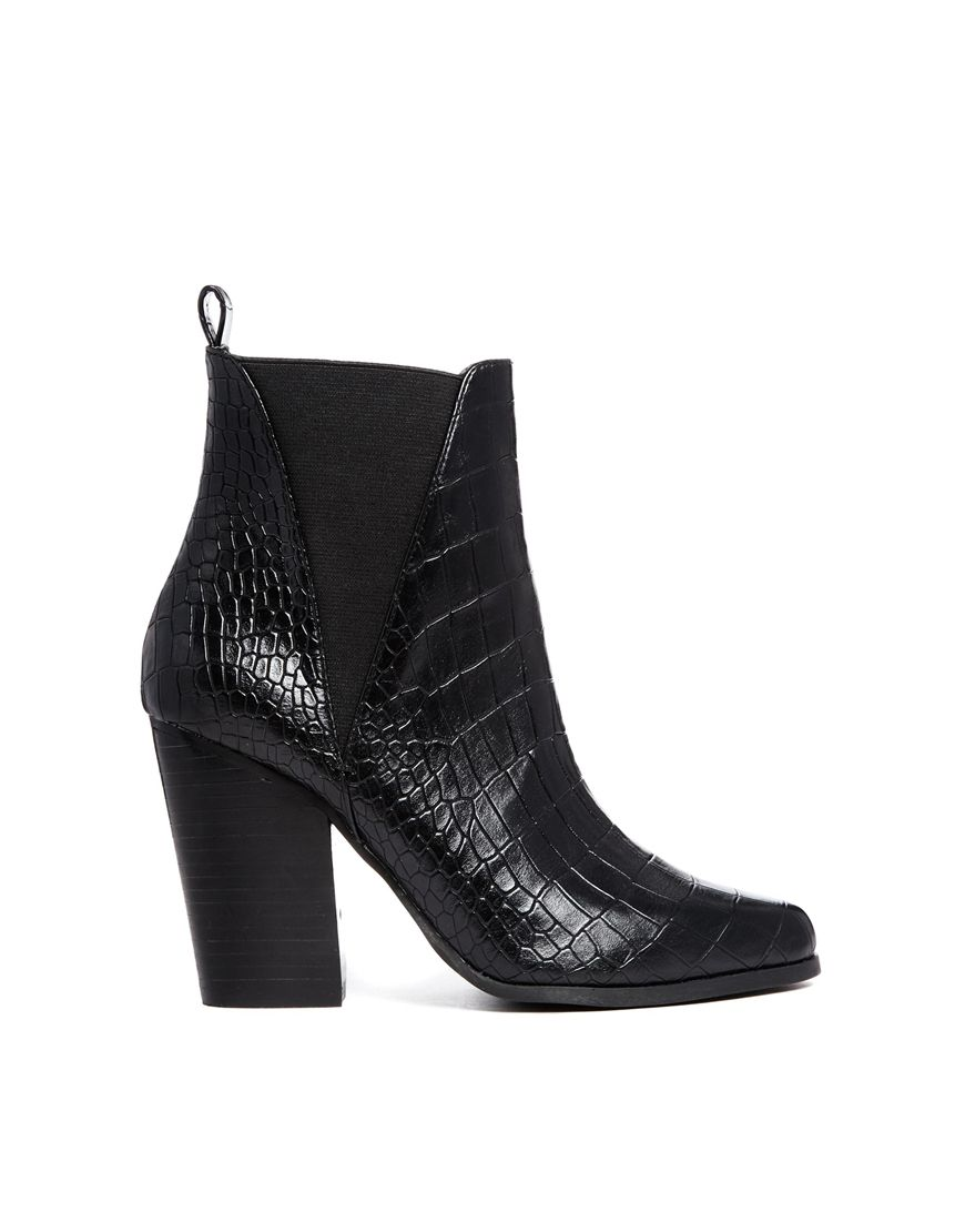 Eagle ankle boots