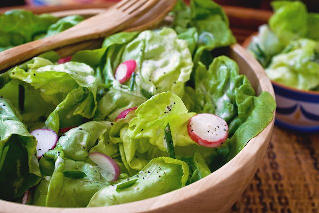 Bibb Salad With Buttermilk Dressing