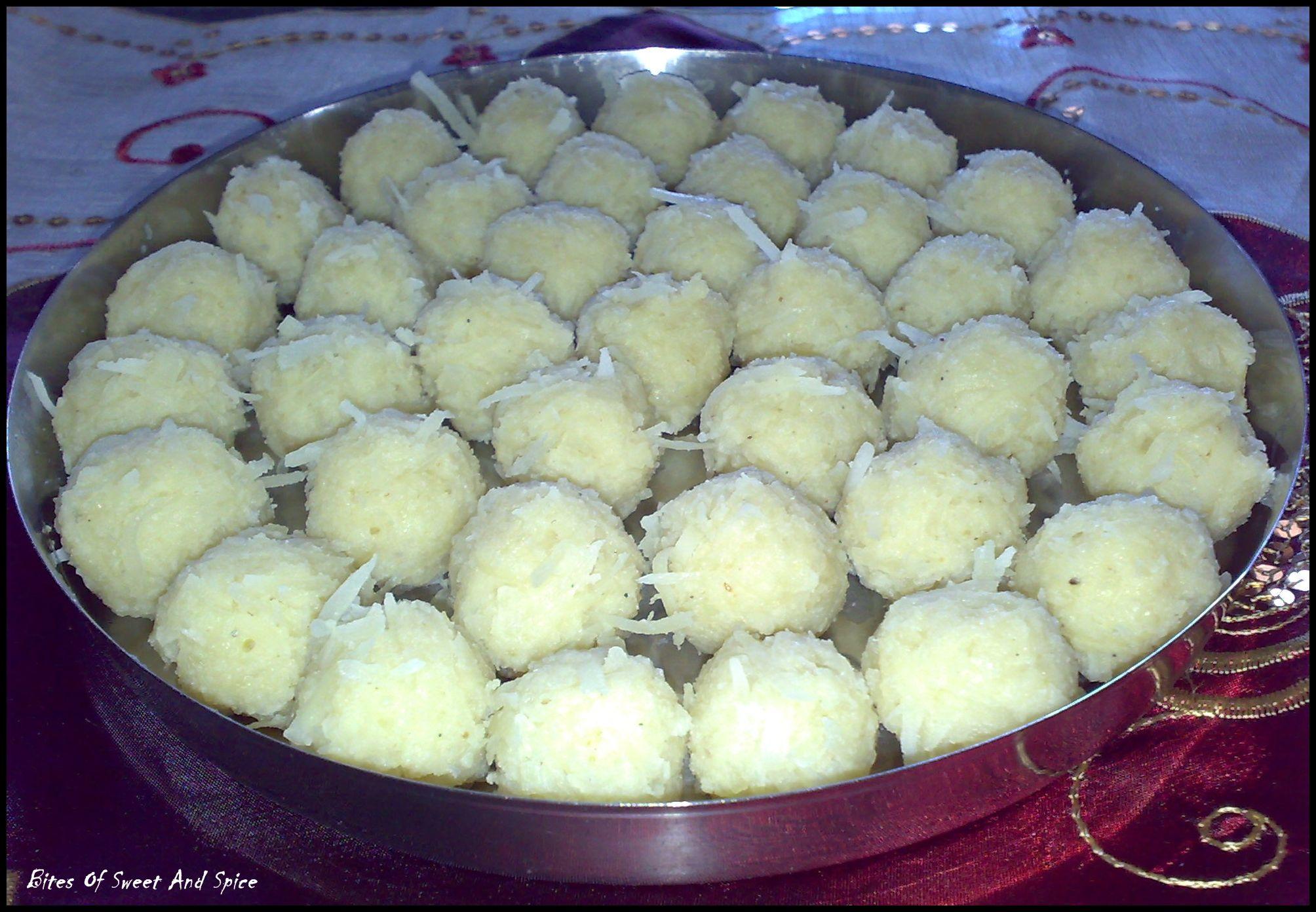 Narkel naru bengali coconut ladoo a sweet dish for durga puja narkel naru bengali coconut ladoo a sweet dish for durga puja pastry recipesindian sweetsfood forumfinder Gallery