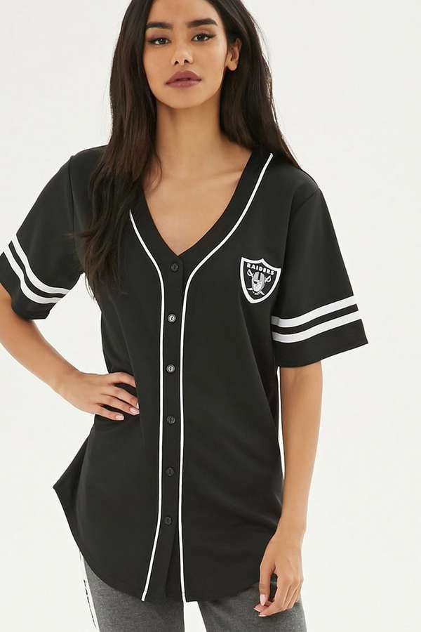 purchase cheap 0946f ae756 Forever 21 NFL Raiders Baseball Jersey | Outfits in 2019 ...