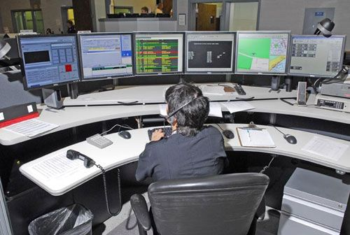 Nashville Page Not Found 911 Dispatcher This Or That Questions Police
