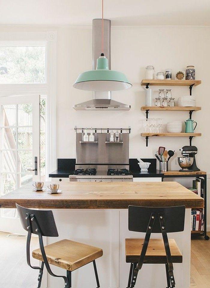 Cuisine avec ilot central étagères style industriel petit ilot en bois