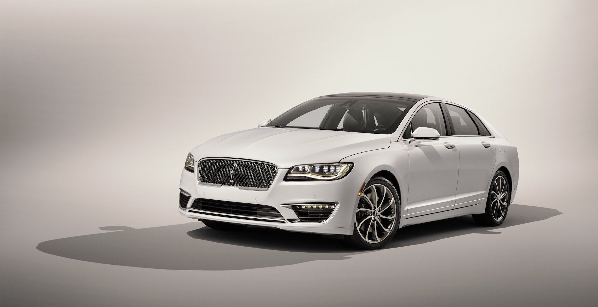 2020 Lincoln MKS Spy Photos Overview
