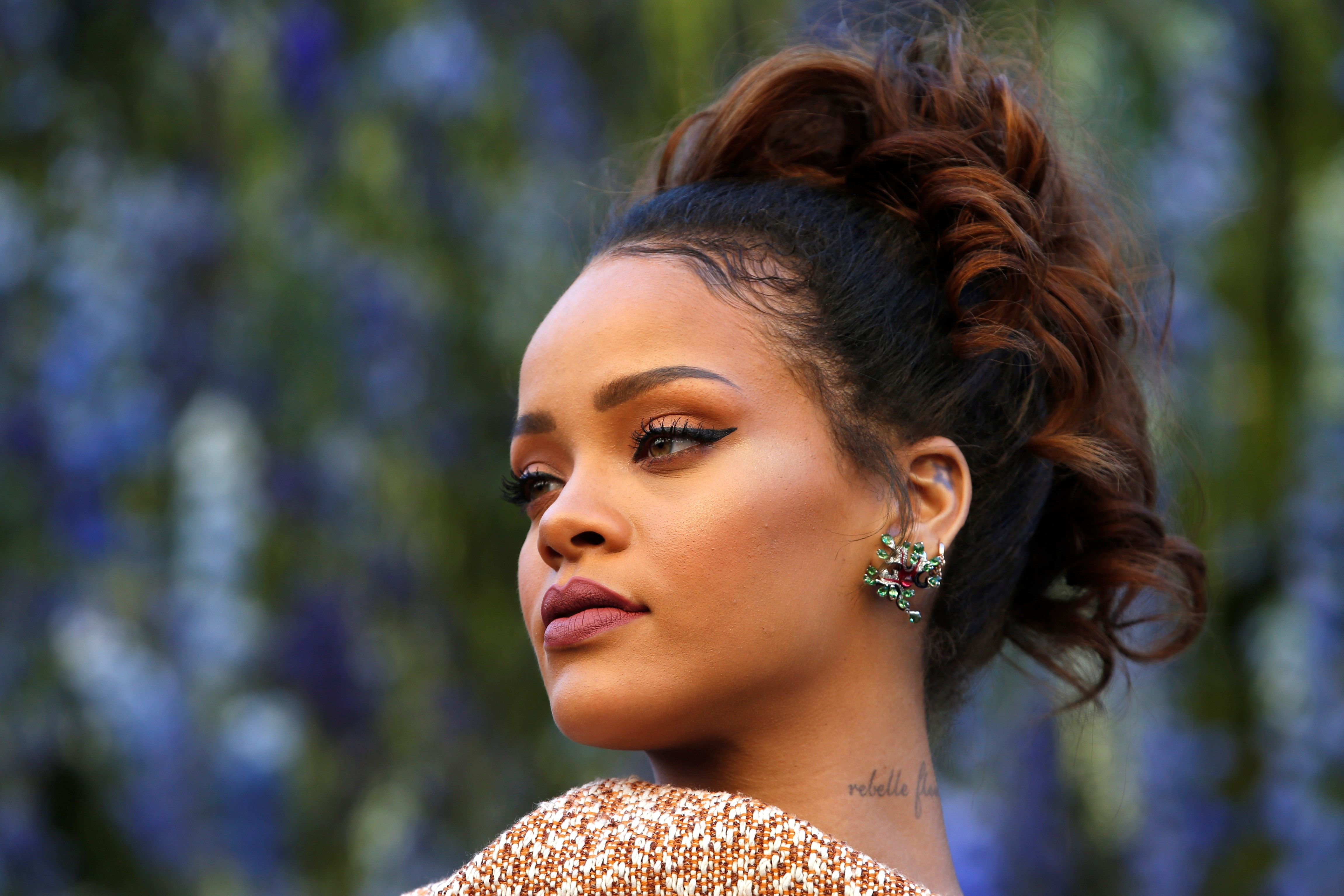 4k ultra hd rihanna wallpaper sharovarka Pinterest Rihanna