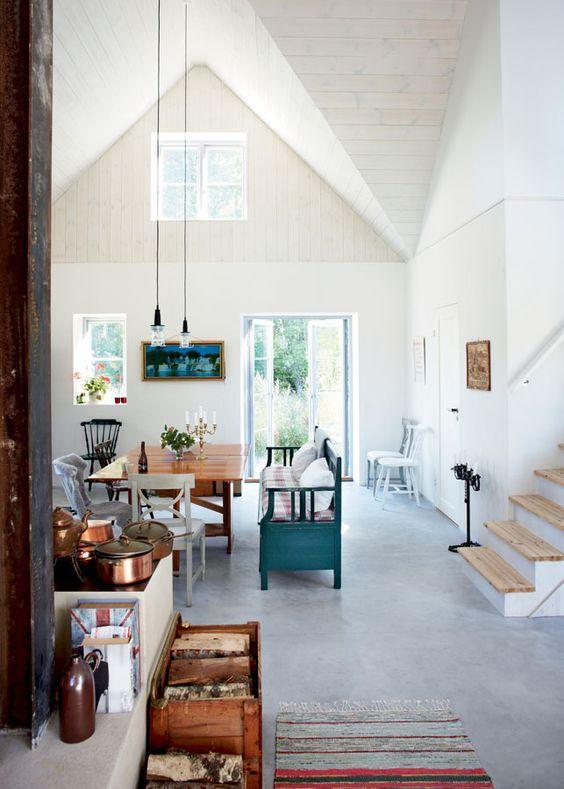 Een eclectisch interieur | Daybed, Bench and Interiors