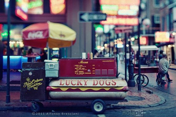 Lucky Dog Cart Bourbon Street Living In New York All Mu Life I Have Only Seen Type Of Cart When I Saw These Carts I Fell New Orleans Lucky Dog