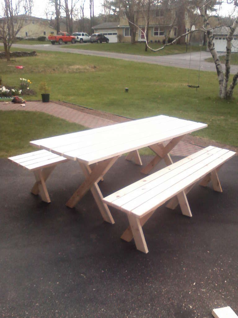 Picnic Table With Detached Benches Build A Picnic Table Picnic Table Plans Picnic Table