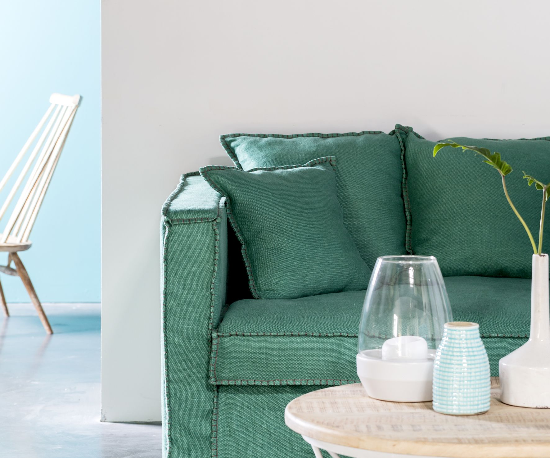 Canape Tinos Turquoise Hanjel Clairecurtphoto Mobilier