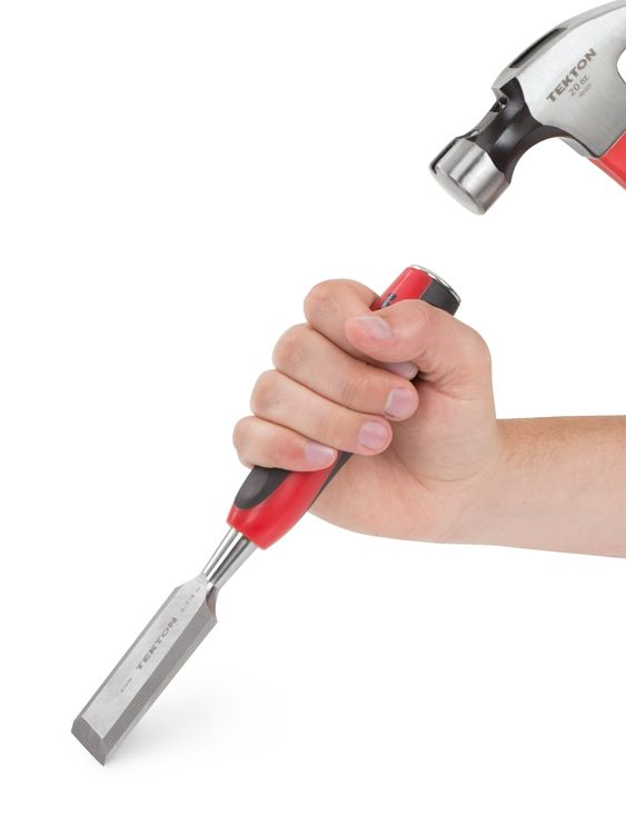 TEKTON 1-1/4 in. Wood Chisel -- For ultimate control, the full-size handle, featuring non-slip rubber surfaces, lets you comfortably grip it with your whole hand.