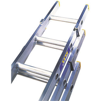 Lyte 3 Section Aluminium Extension Ladders 6 88m In 2020 Aluminum Extension