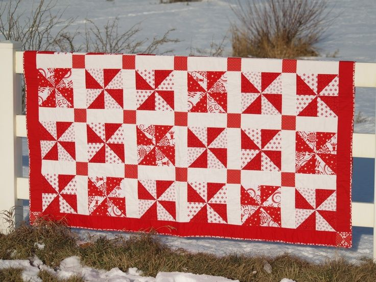 red and white christmas quilt patterns | My red & white Christmas candy quilt. Moda Bella red & white and ...half square triangles with settings