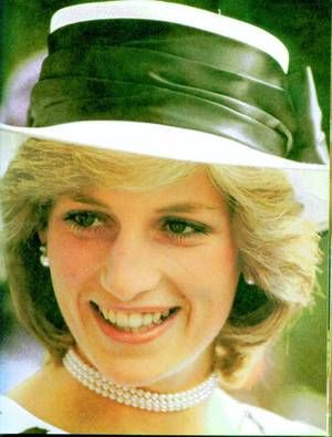 Prince & Princess Of Wales - Tour Of Australia & New Zealand - Avril 1983 _ Suite