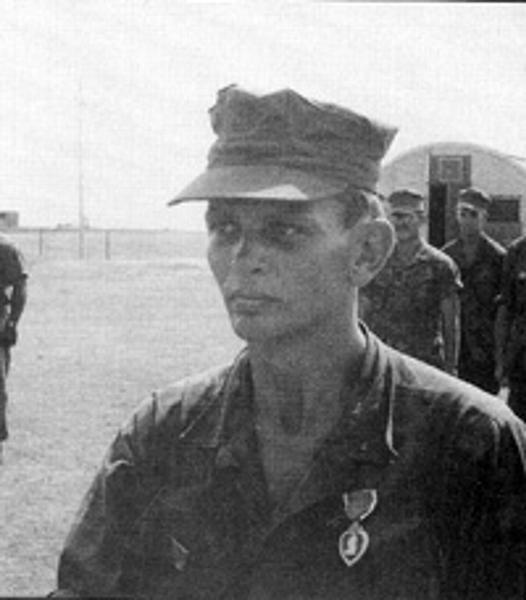 Virtual Vietnam Veterans Wall of Faces   BRUCE C ANDERSON   MARINE CORPS