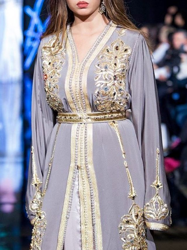 هدى لاريني Moroccan Caftan Morrocan Fashion Moroccan Caftan Moroccan Fashion